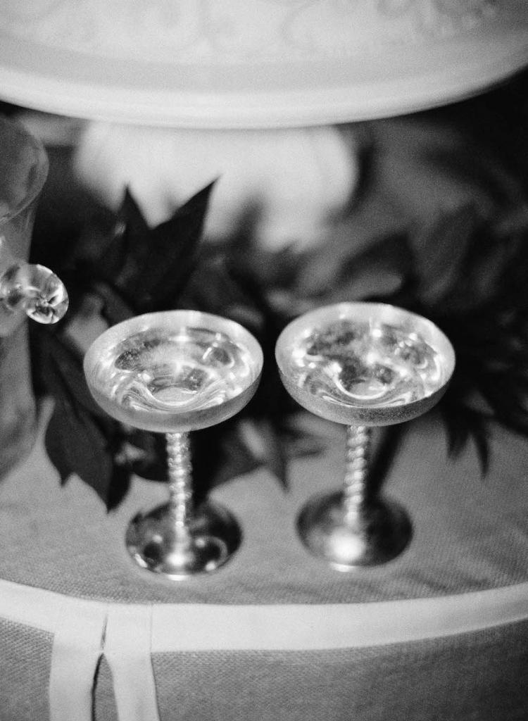 Bar service by Cru Catering. Photograph by Tec Petaja.