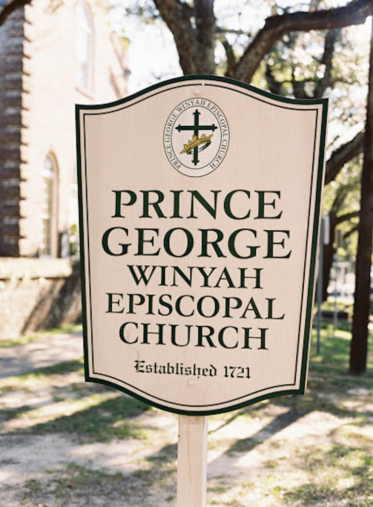 Photograph by Tec Petaja at Prince George Winyah Episcopal Church.