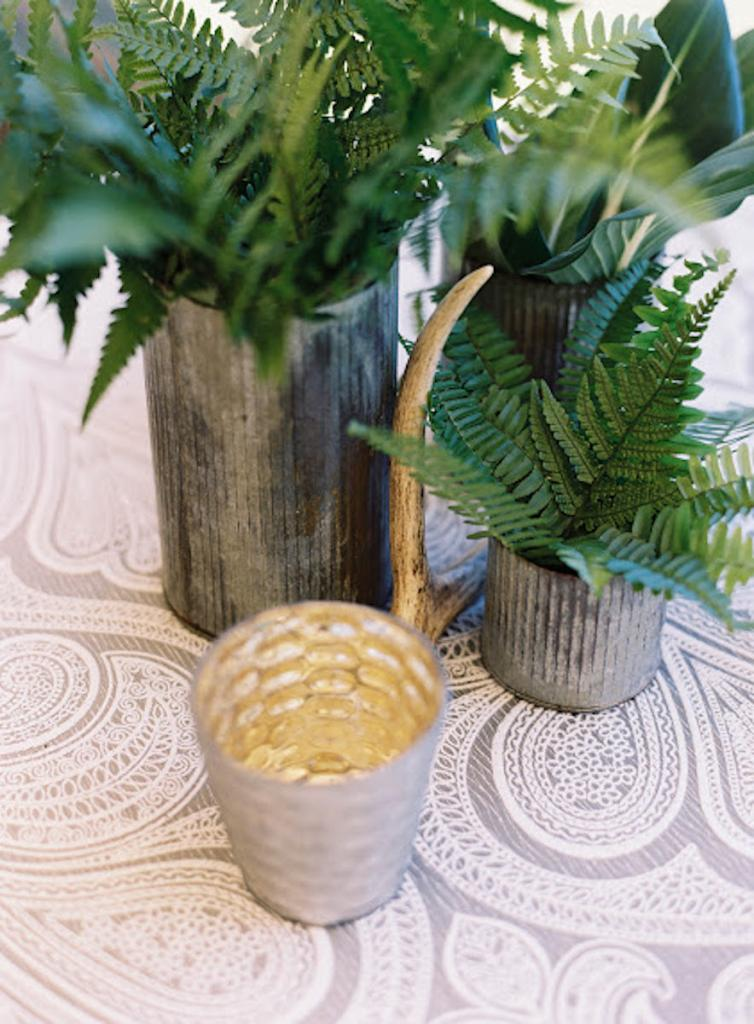Wedding design by Calder Clark. Linens by La Tavola. Florals by Blossoms Events. Photograph by Tec Petaja.