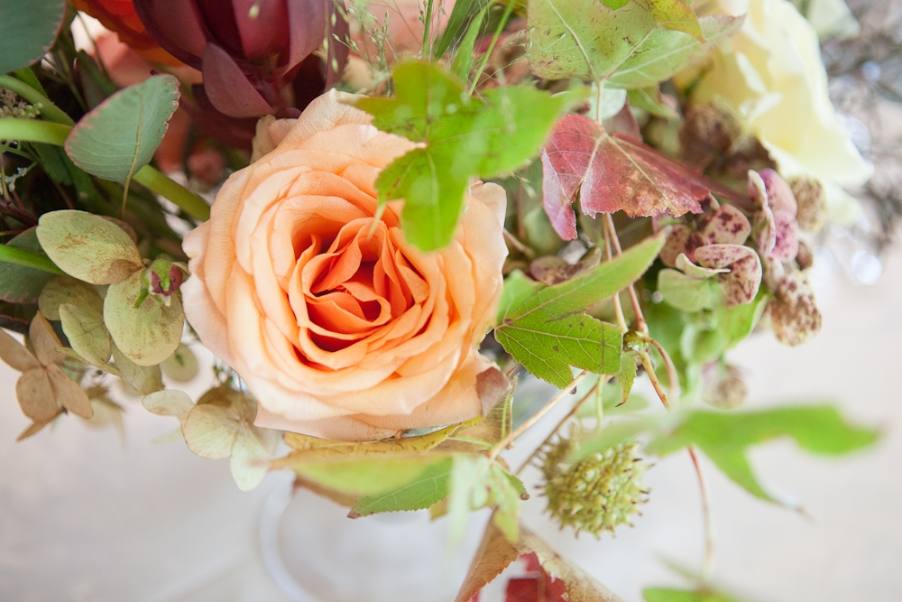 Florals by Charleston Stems. Photograph by Captured by Kate.