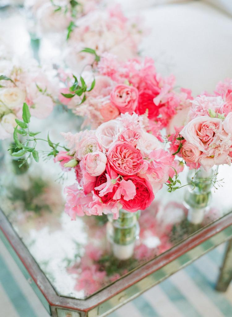 Florals by Gathering Floral + Event Design. Wedding design by Kristin Newman Designs. Photograph by Corbin Gurkin.