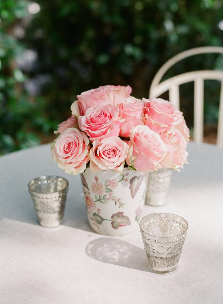 Wedding design and linens by Tara Guerard Soiree. Florals by Tara Guerard Soiree. Photograph by Corbin Gurkin.