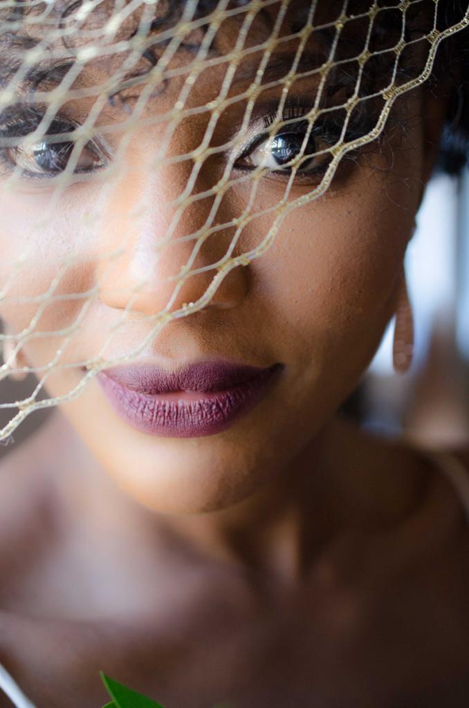 Makeup by Nivi Grimbal. Image by Aneris Photography.