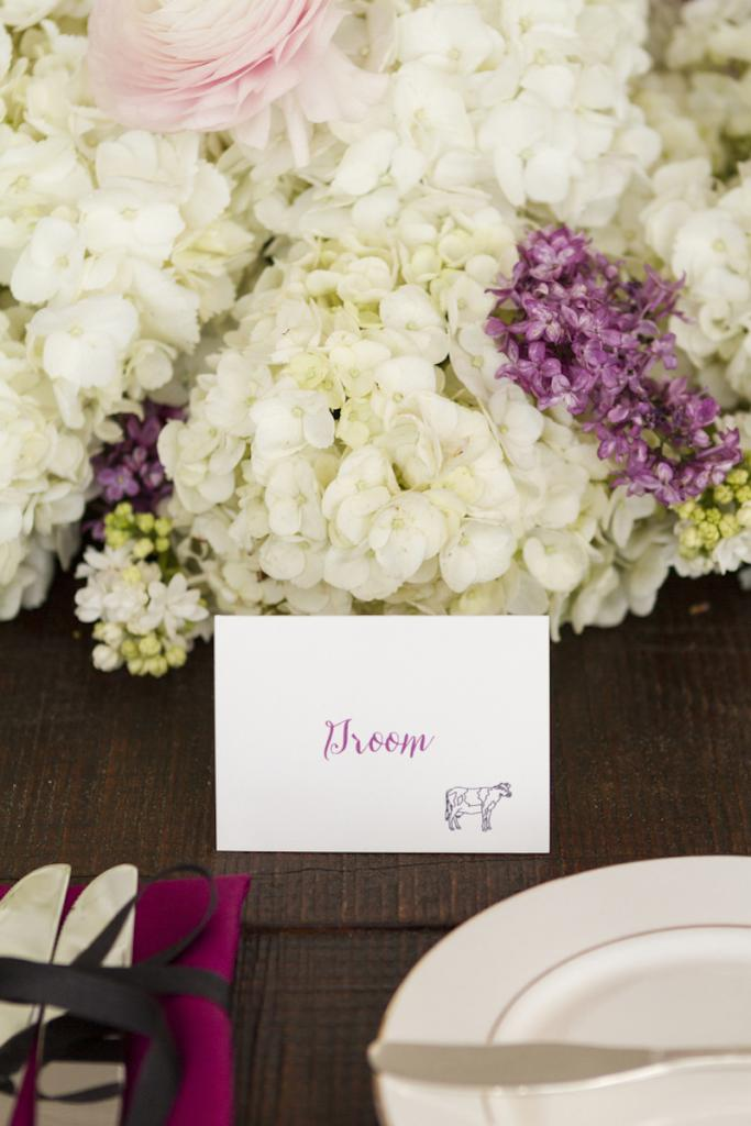 Wedding design by The Burlap Elephant. Florals by Branch Design Studio. Photograph by Ellis Photo Studio.