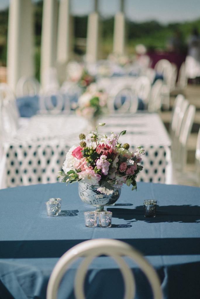 Wedding and floral design by A Charleston Bride. Tables by Snyder Events. Linens by BBJ Linen. Photograph by Sean Money & Elizabeth Fay at the Ocean Course at Kiawah Island.