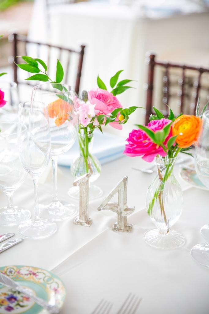 Florals by Branch Design Studio. Wedding design by Pure Luxe Bride. Image by Dana Cubbage Weddings.