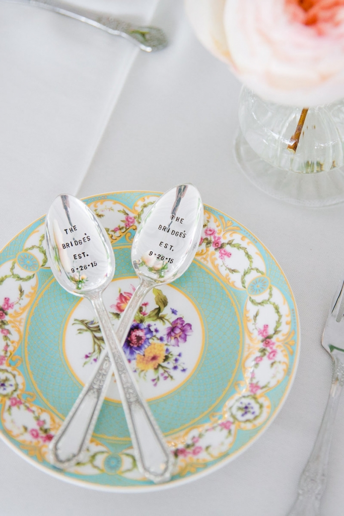 Wedding design by Pure Luxe Bride. Tabletop rentals and linens from EventWords. Image by Dana Cubbage Weddings.