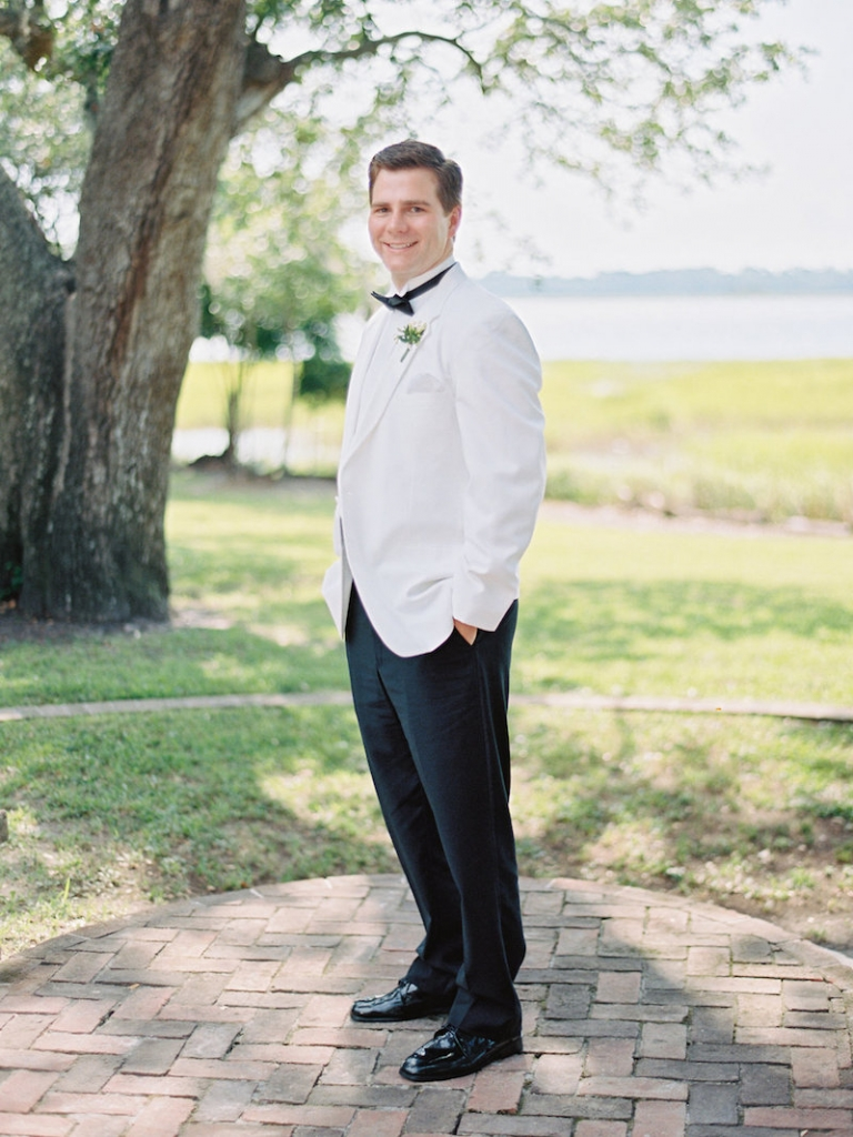 Groom's attire from Mens Wearhouse. Image by Ryan Ray Photography.