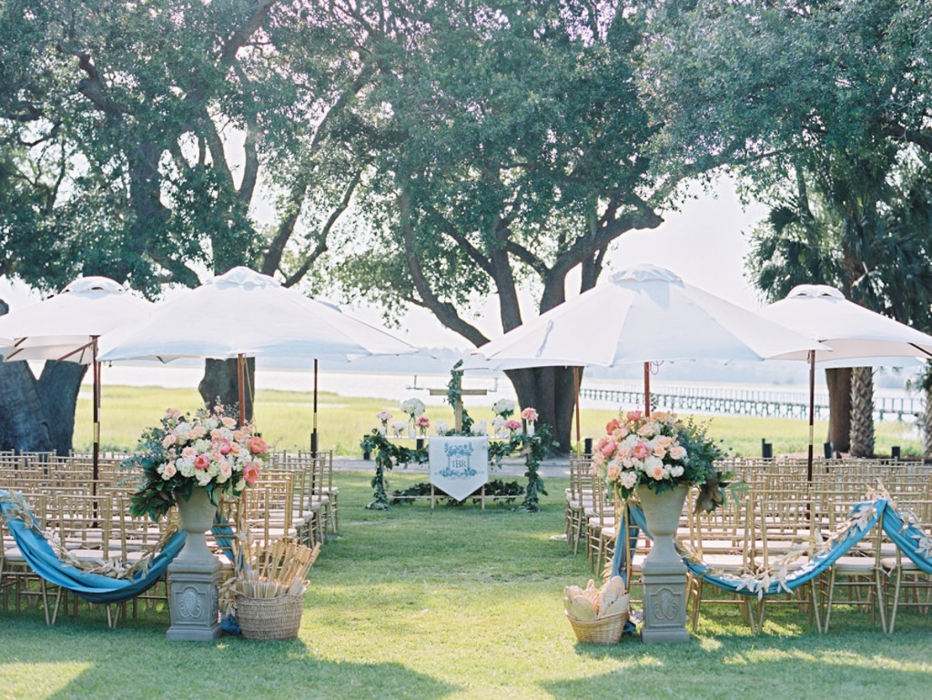 Wedding and floral design by A Charleston Bride. Image by Ryan Ray Photography at Lowndes Grove Plantation.