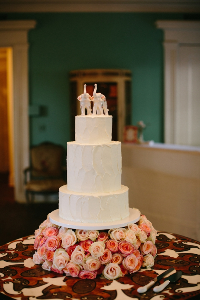 Cake by Patrick Properties Hospitality Group. Image by Paige Winn Photo.