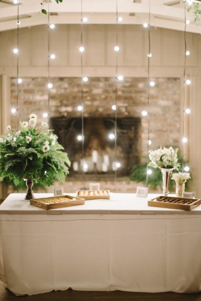 Photograph by Sean Money + Elizabeth Fay. Design by Party.Love.Birds. Lighting by Technical Event Company.
