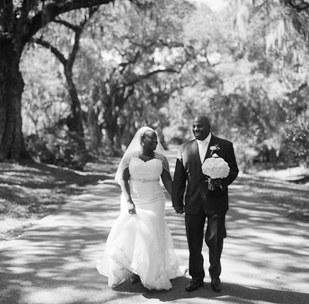 Florals by Branch Design Studio. Image by Virgill Bunao Photography at Magnolia Plantation & Gardens.
