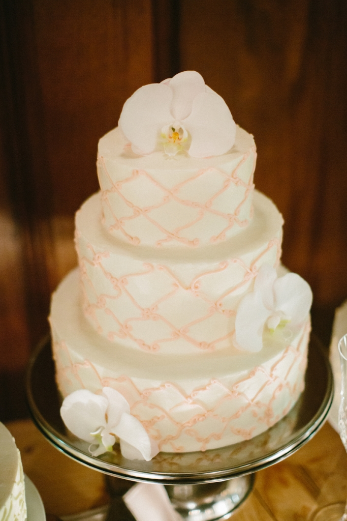 Cakes by Twenty Six Divine. Image by Clay Austin Photography at Harborside East.