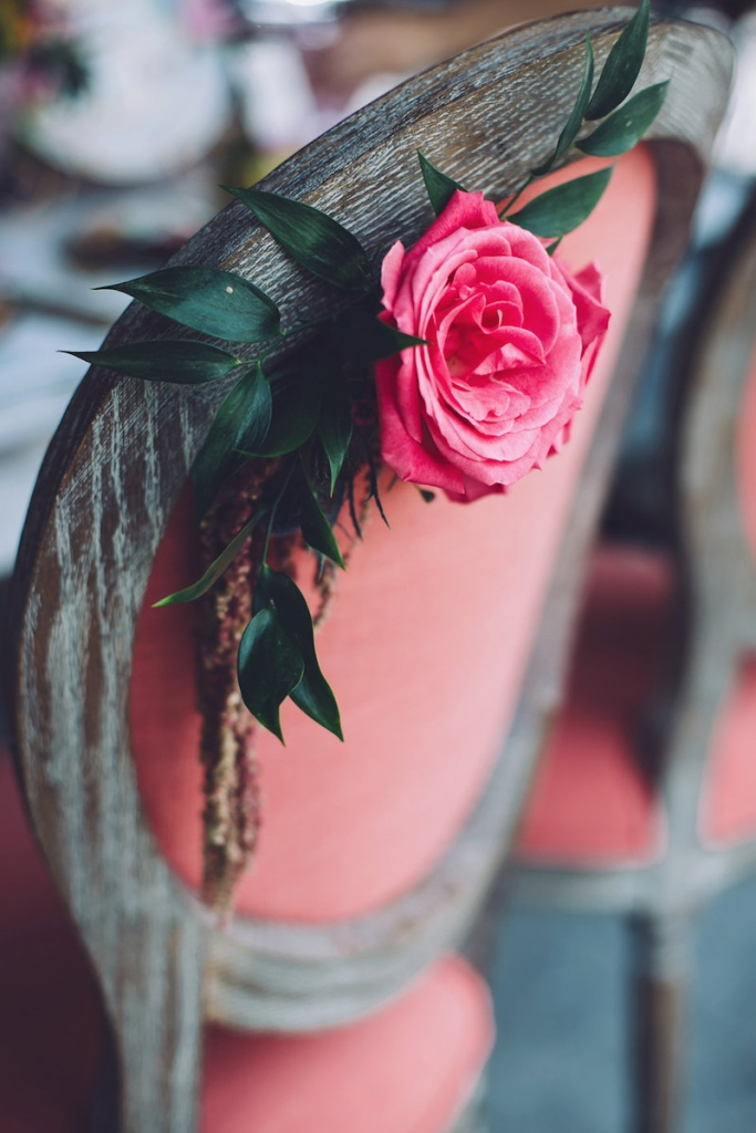 Florals by Anna Bella Florals. Image by Monika Gauthier Photography & Design.