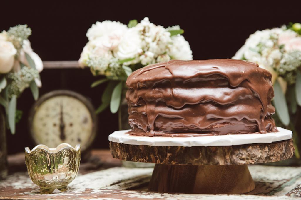Cake by Libby Murdock. Image by amelia + dan photography.
