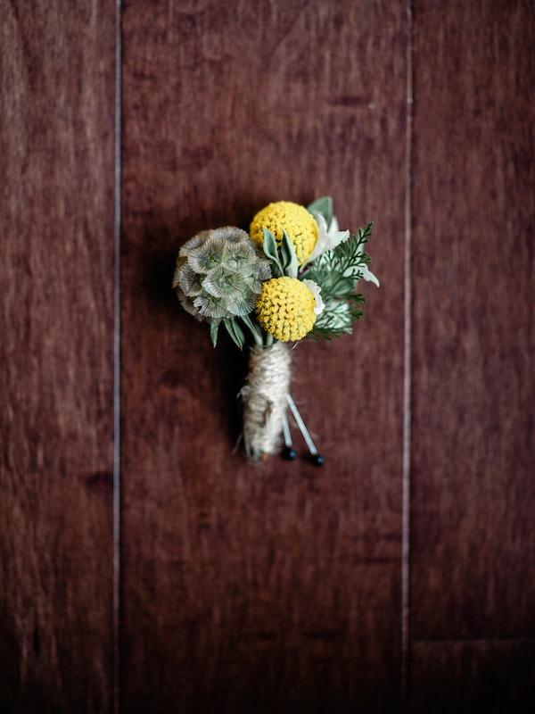 Flowers by Out of the Garden. Image by Brandon Lata Photography.