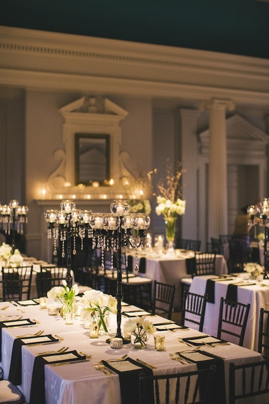 Wedding design and coordination by Mingle. Linens from Nüage Designs. Rentals by Snyder Events. Photograph by Hyer Images at the Old Exchange Building.