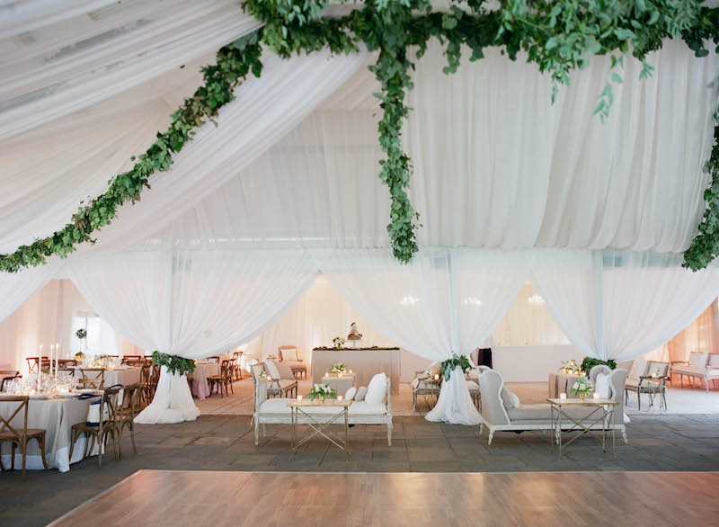Wedding and floral design by Tara Guérard Soirée. Rentals from Snyder Event Rentals. Photograph by Elizabeth Messina at Lowndes Grove Plantation.