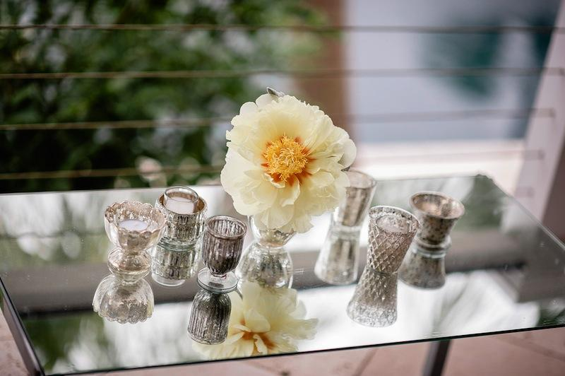 Flowers by Out of the Garden. Décor by Ooh! Events. Image by Brandon Lata Photography.