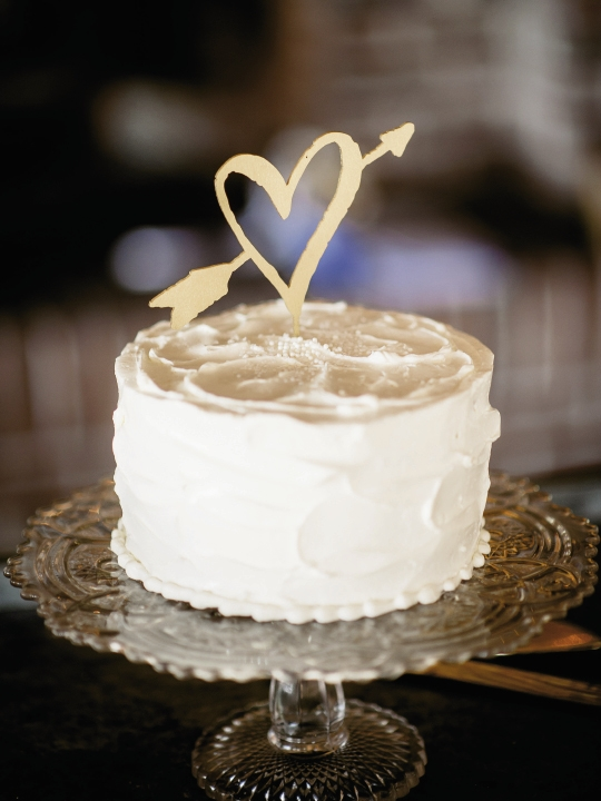 Cake by WildFlour Pastry. Cake topper from BHLDN. Image by Brandon Lata Photography.