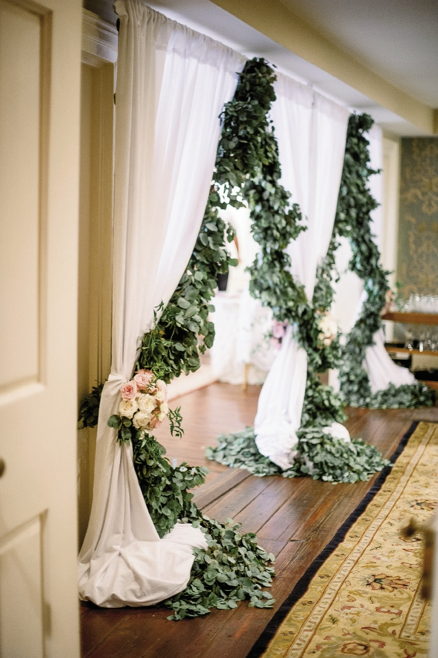 Wedding design by Sage Innovations. Florals by Branch Design Studio. Image by Timwill Photography at McCrady's Restaurant.