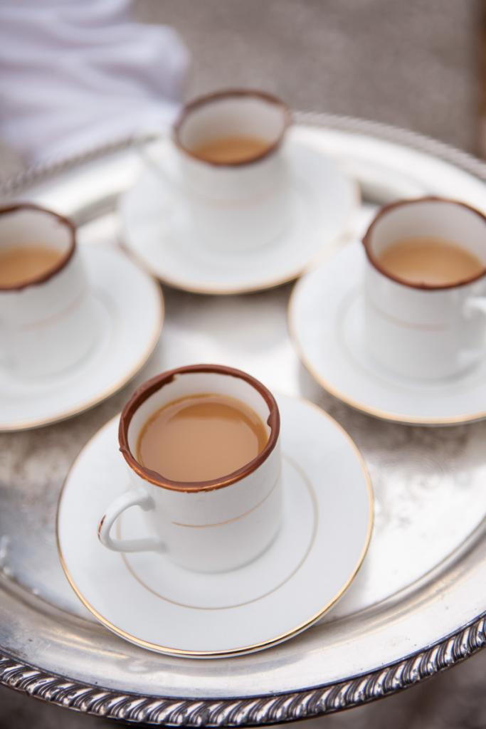 JAVA TIME: A chocolate rim upped the ante on espresso cups.