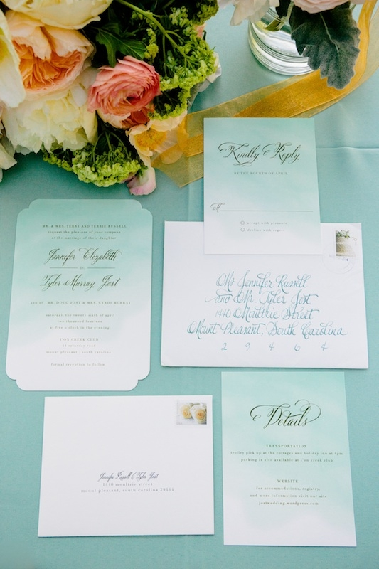 Stationery by Minted. Image by Dana Cubbage Weddings.
