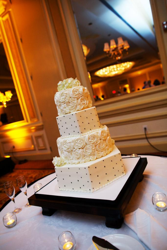 TASTY TOWER: The four-tiered cookies 'n cream-flavored confection by Michaelangelo's Kitchen featured dots and frosting flowers.