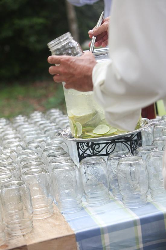 FILL ME UP: Pre-ceremony drinks were offered with self-serve Mason jars. While enjoying the sounds of the Charleston Brass Ensemble, guests had their fill of sweet tea and lemonade.
