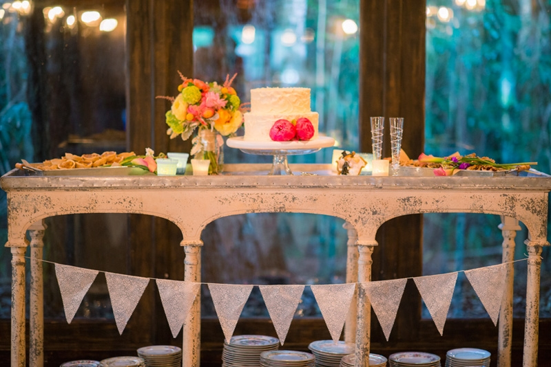 Event design and coordination by Tusk Events. Cake by WildFlour Pastry. Image by Timwill Photography at Magnolia Plantation and Gardens.