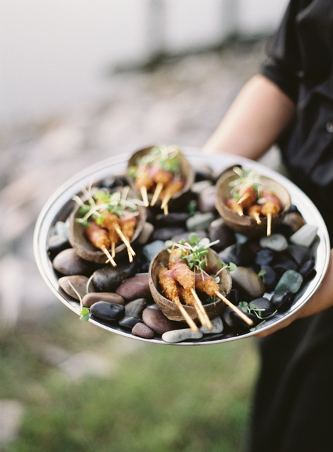 ON THE ROCKS: When you attend a catering tasting, ask about presentation. Charleston restaurants specialize in chic plating options.