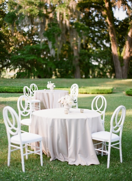 Chairs from EventHaus. Linens from La Tavola. Florals by Charleston Stems. Image by KT Merry Photography at Middleton Place.