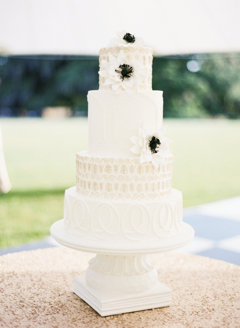 Cake by Wedding Cakes by Jim Smeal. Image by KT Merry Photography at Middleton Place.
