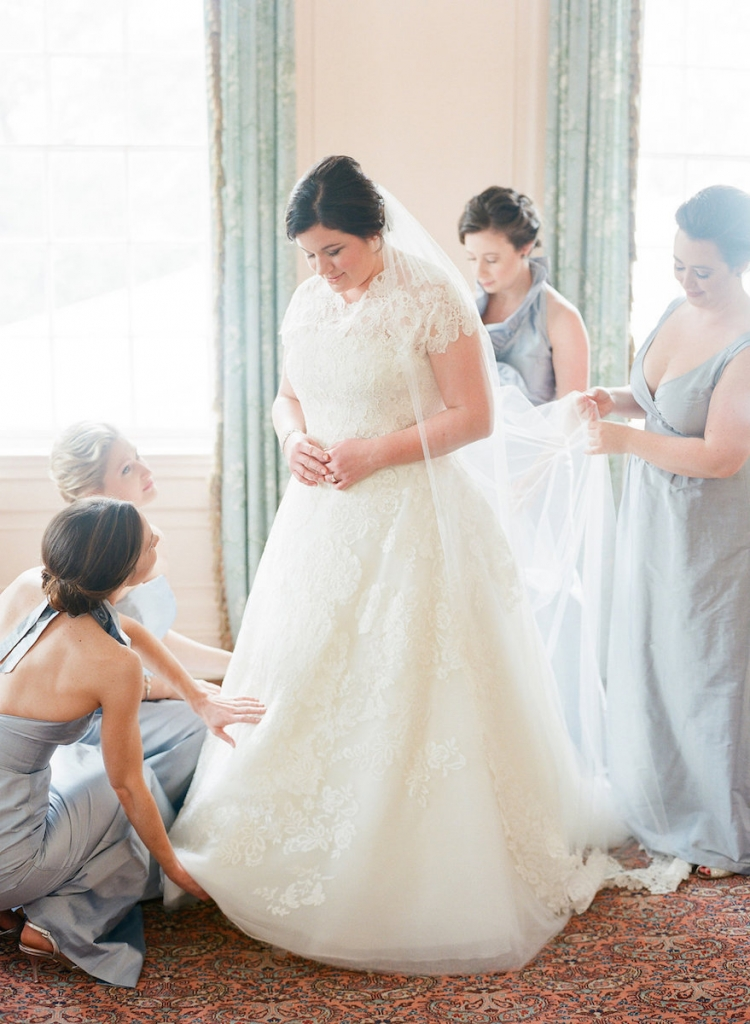 Photograph by Corbin Gurkin. Bride's attire by Oscar de la Renta. Bridesmaids' attire by LulaKate.