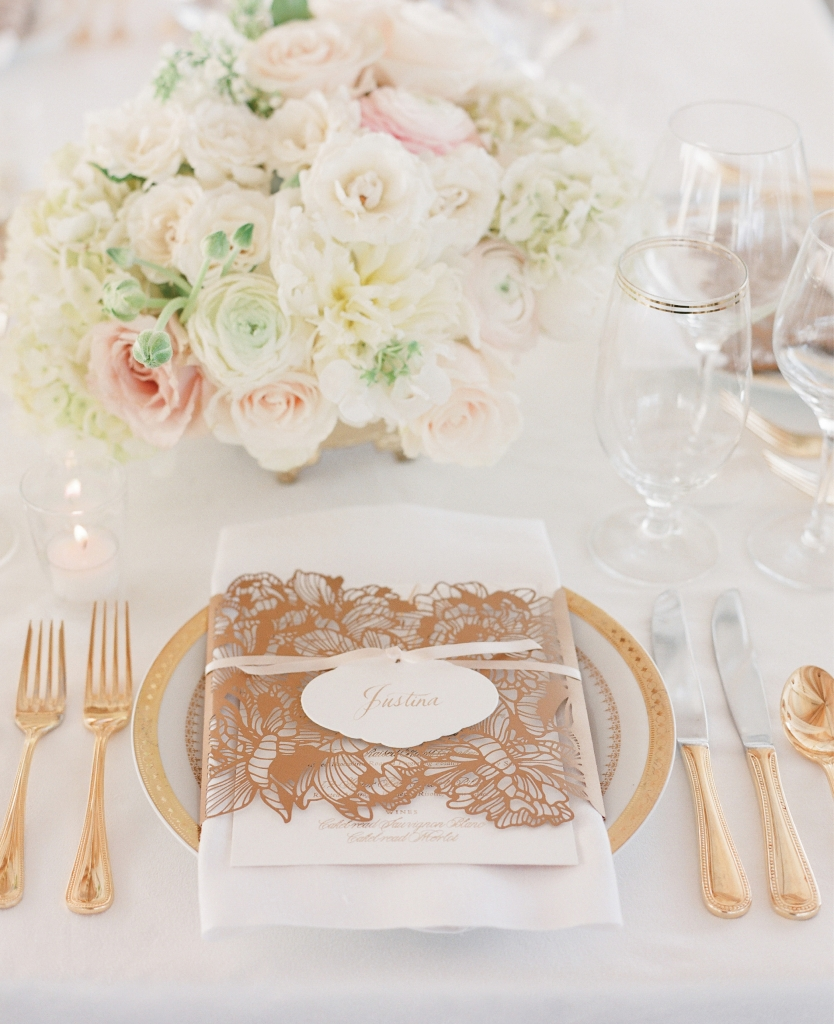 Photograph by Corbin Gurkin. Florals by Tara Guerard Soiree. Tabletop by Snyder Event Rentals.