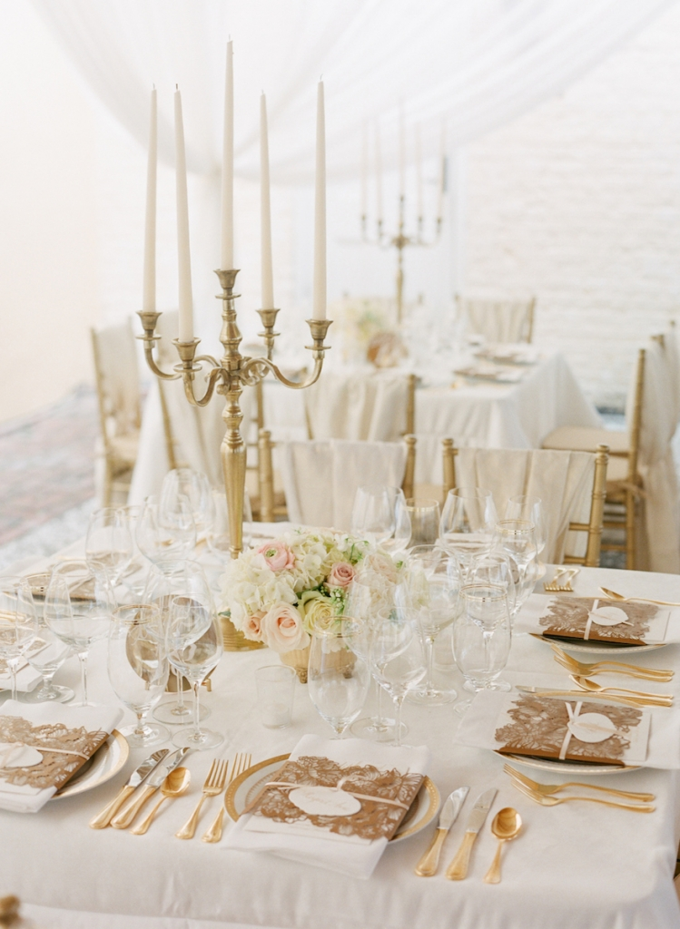 Photograph by Corbin Gurkin. Tabletop by Snyder Event Rentals.