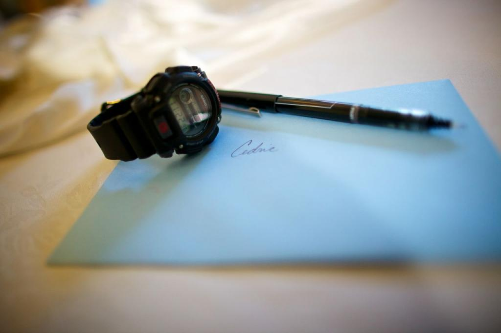 "N GOOD TIME: Along with the hand-written note, Richelle gifted Cedric a watch on the Big Day. ""My mom is somewhat superstitious and would tell me that buying a watch for a boyfriend is bad luck because it is symbol that 'time is ticking away in the relationship,'"" laughs Richelle. ""Although I'm not as superstitious as she is, I thought it wouldn't hurt to wait and give him the watch on our wedding day."""