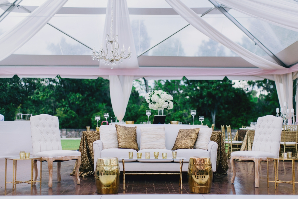 Vintage-inspired furnishings and gold accents evoked Bollywood glamour. <i>Photograph by Hyer Images</i>