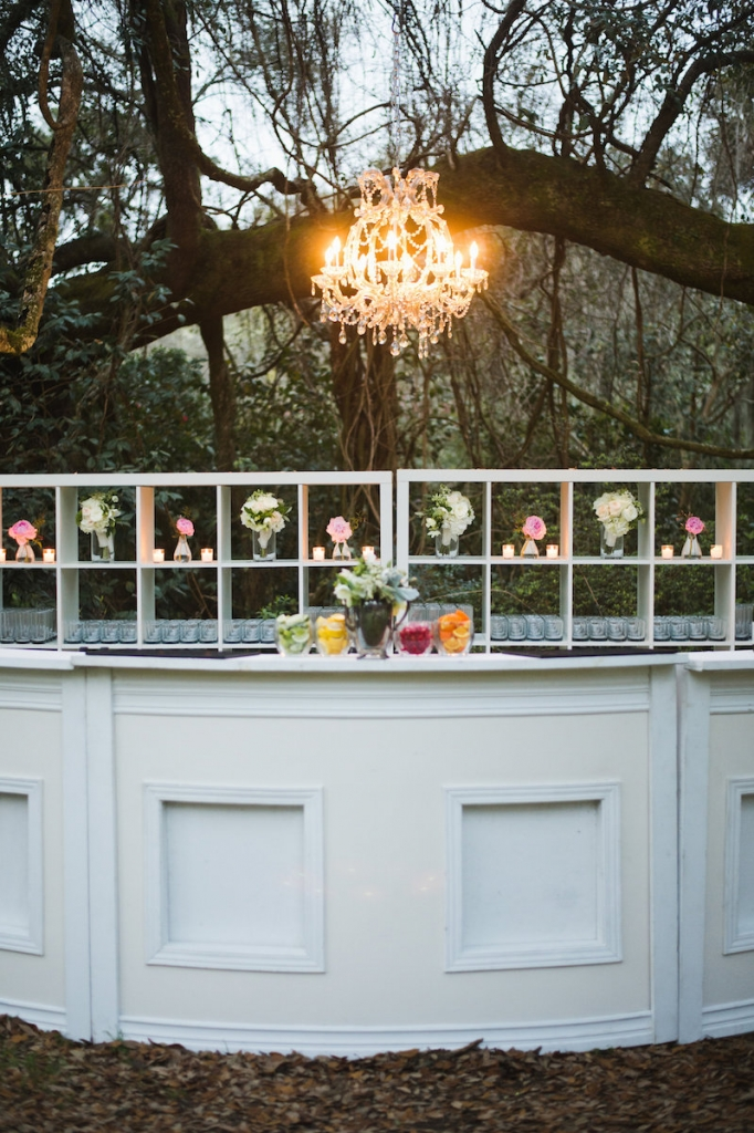 Bar service by Squeeze OnSite. Rentals by Ooh! Events. Image by Clay Austin Photography at Magnolia Plantation & Gardens.