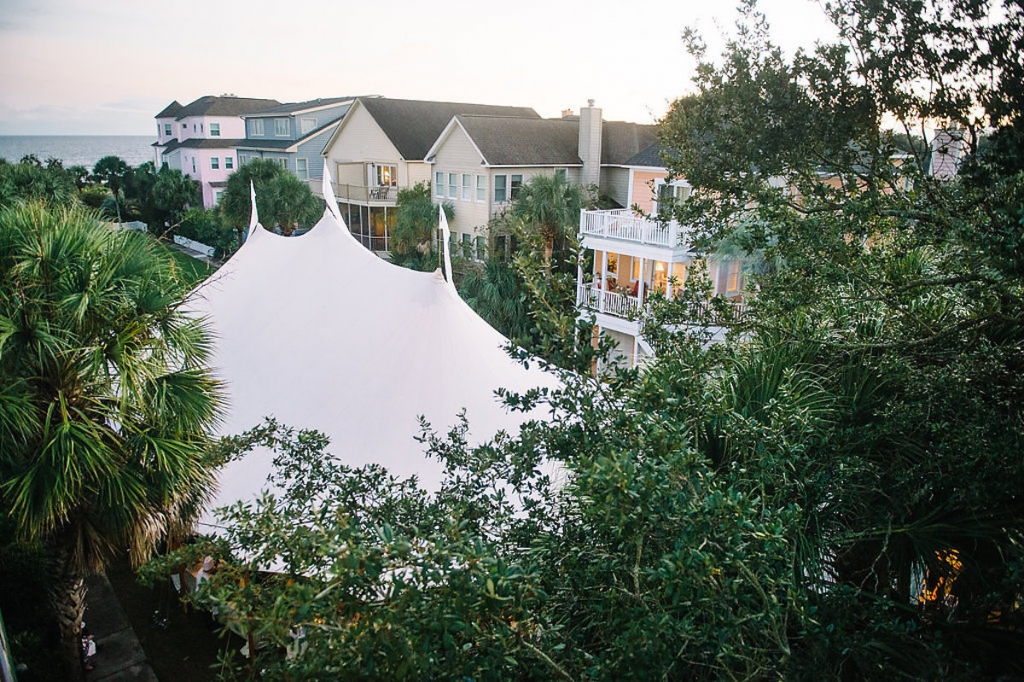 Tent from Sperry Tents Southeast. Image by Aaron and Jillian Photography at Wild Dunes Resort.