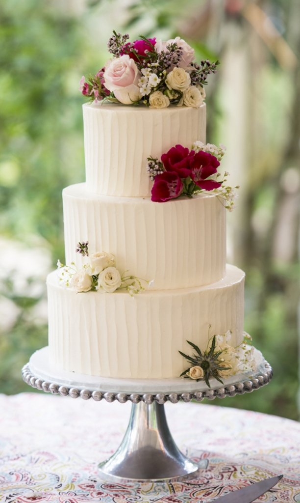 Cake by DeClare Cakes. Image by Reese Allen Photography.