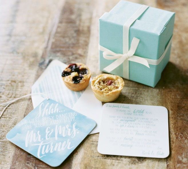 "Simplicity in favors can be a lovely thing, like sweet tartlets from Sugar Bakeshop paired with a custom ""Shhh"" door note by Rebecca Rose Creative. Image by Perry Vaile Photography."