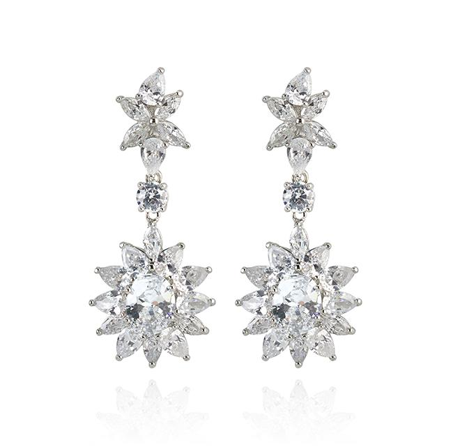 "Samantha Wills' ""Diamond Heart"" drop earrings. Available through SamanthaWills.com."