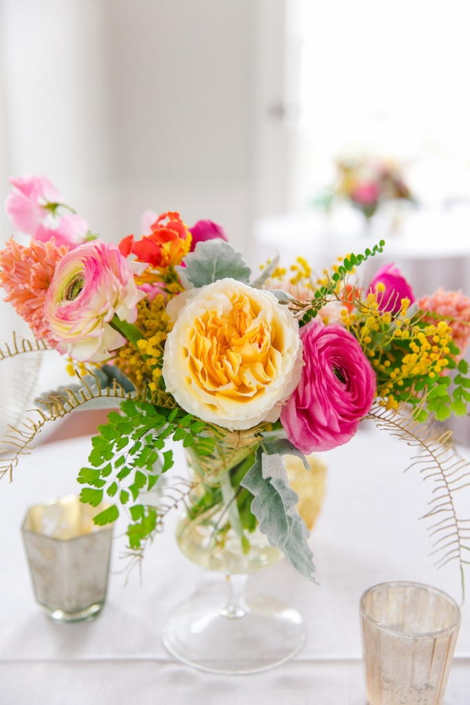 Florals by Branch Design Studio. Photograph by Dana Cubbage Weddings.