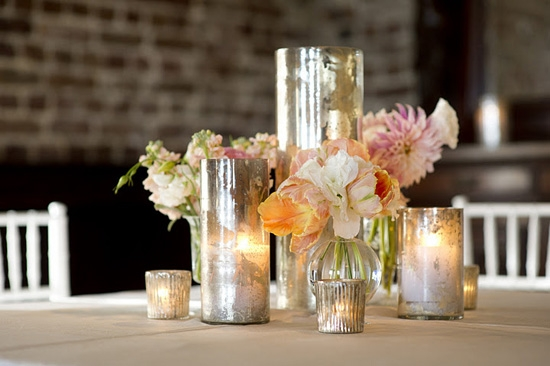 LET THERE BE LIGHT: Mercury glass vases added sheen, sparkle, and depth to the setting.