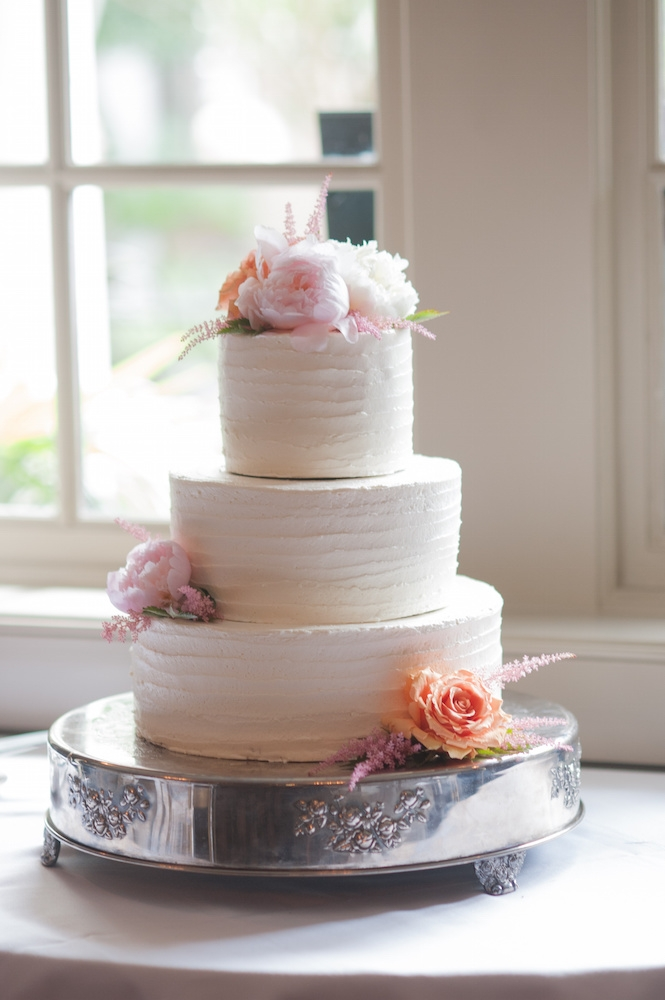 Cake by Peninsula Grill. Image by Leigh Webber at Planter's Inn.