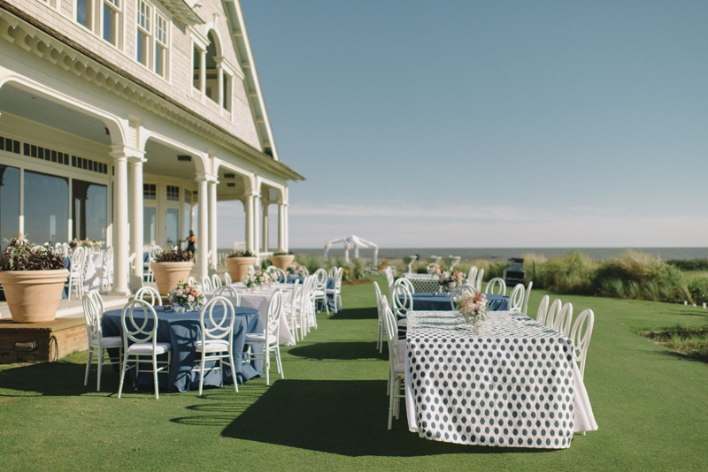 Wedding and floral design by A Charleston Bride. Linens by BBJ Linen. Photograph by Sean Money & Elizabeth Fay at the Ocean Course at Kiawah Island.