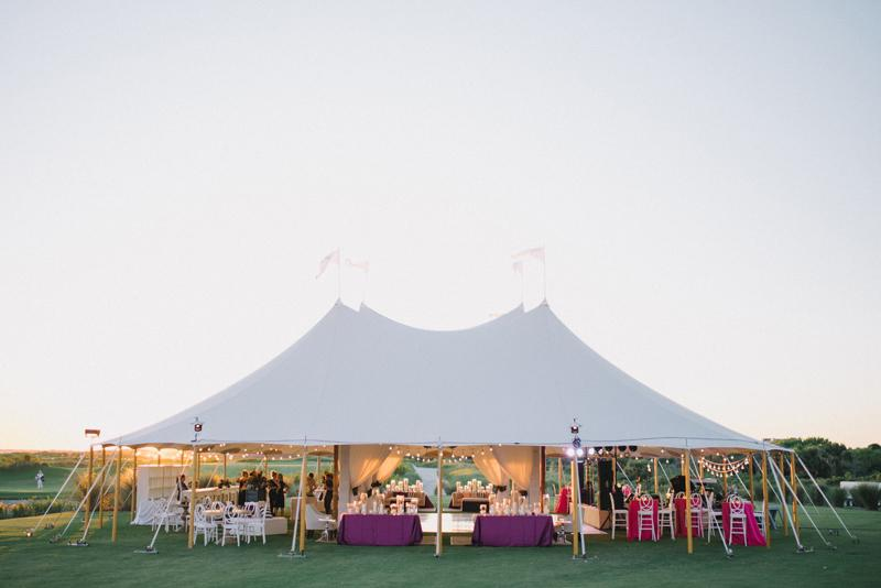 Tent by Sperry Tents Southeast. Tent structure by Technical Event Company. Photograph by Sean Money & Elizabeth Fay at the Ocean Course at Kiawah Island.