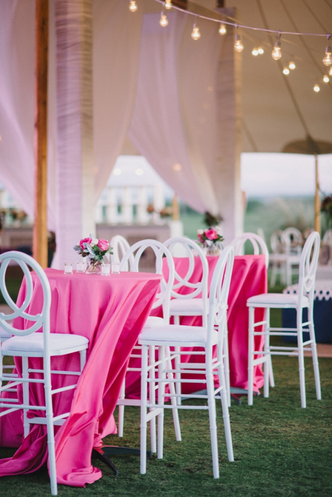 Linens from BBJ Linen. Chairs from EventHaus. Photograph by Sean Money & Elizabeth Fay at the Ocean Course at Kiawah Island.