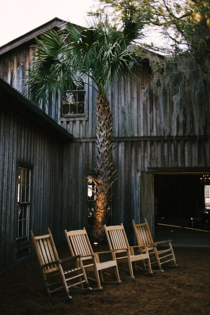 Image by Julia Wade Photography at Boone Hall Plantation.